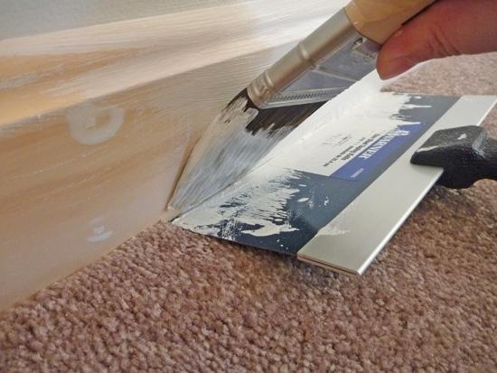 best way to paint trim